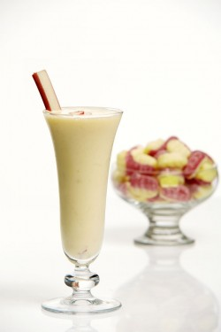 The Shaken And Stirred Rhubarb and Custard Sweet Treat