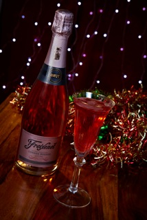 Freixenet Rosado Under The Mistletoe